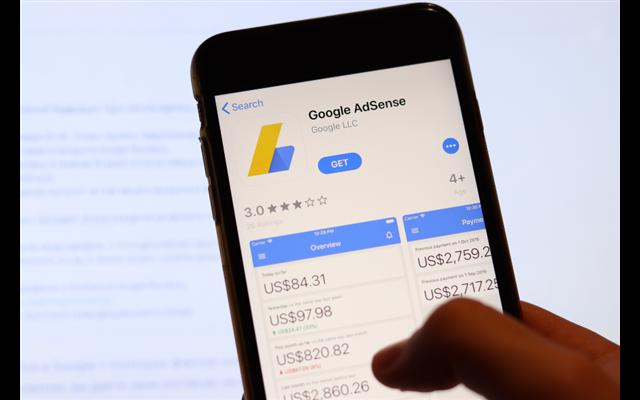 Kiếm tiền dễ dàng hơn nữa với Google Adsense Calculator
