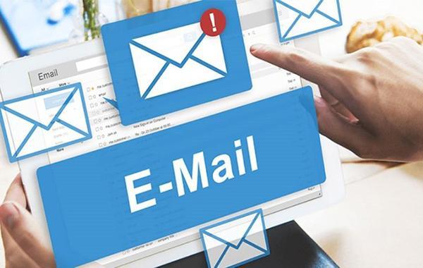 Lý do email phổ biến là gì?