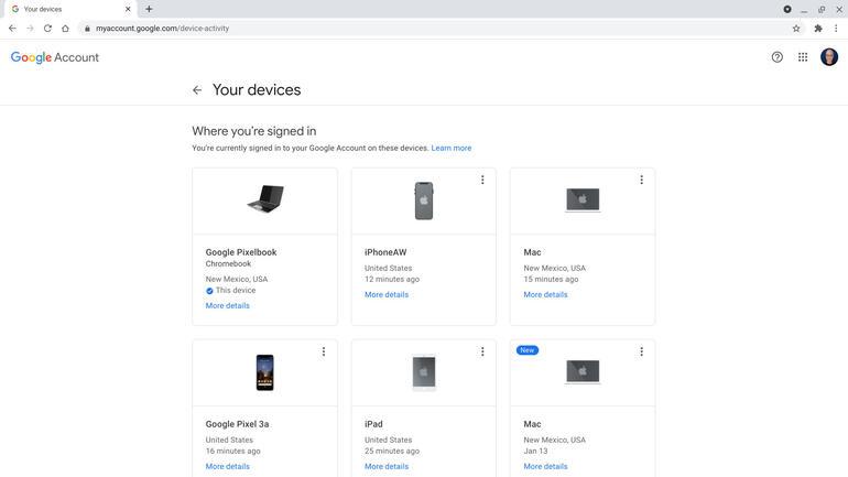 Bạn cũng có thể xem lại các thiết bị nơi bạn đã đăng nhập vào tài khoản Google của mình. Chọn menu ba chấm ở góc trên bên phải của hộp cho từng thiết bị để Đăng xuất khỏi tất cả thiết bị đã được đăng nhập.